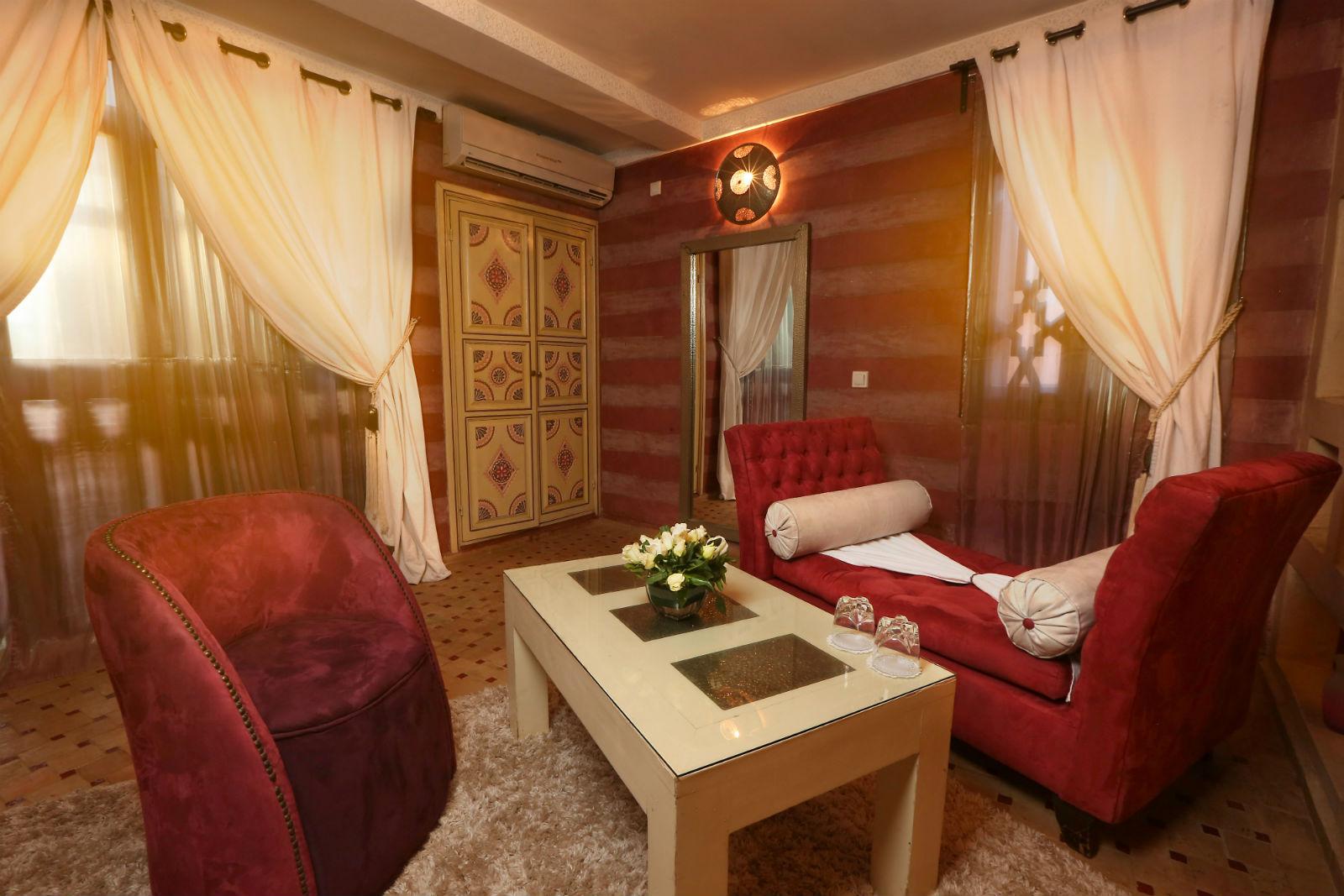 Suite Fushia